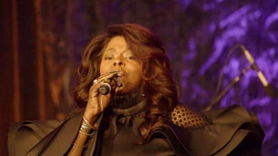 Entertainer and UNCF supporter Angie Stone performs at the Gala